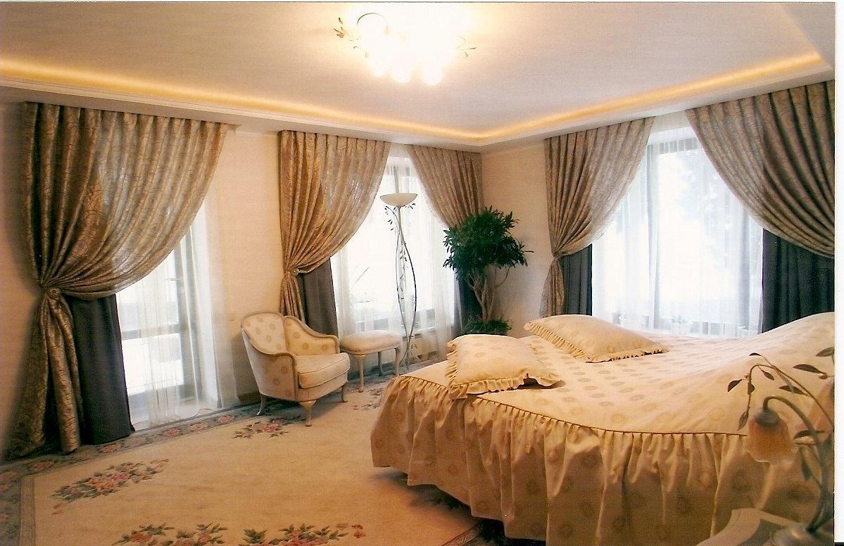 Шторы для спальни на одну сторону дизайн